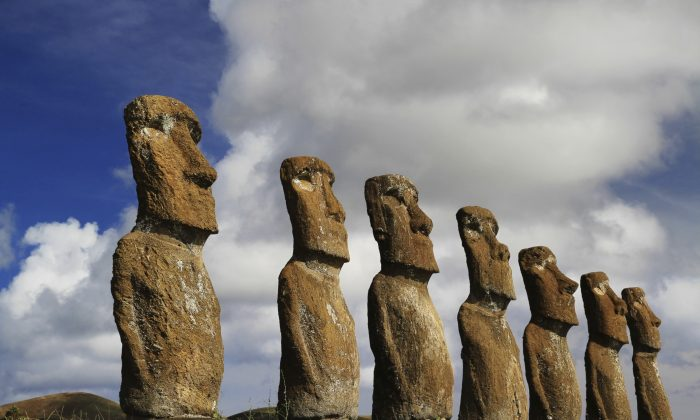 View of seven Ahu Akivi Moai. (gydyt0jas/iStock/Thinkstock)