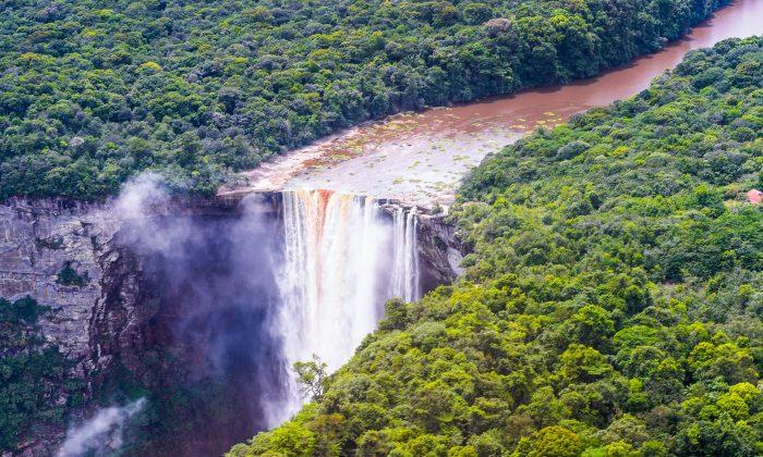 Kaieteur Falls (Shutterstocks*)