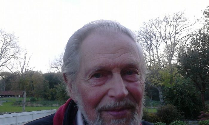 Varberg, Sweden: Rolf Gustavsson, 83, Workshop Owner: I think that it seems hopeless and that the UN should deal with this and stop this violence. My opinion is that people should get along and stop fighting.