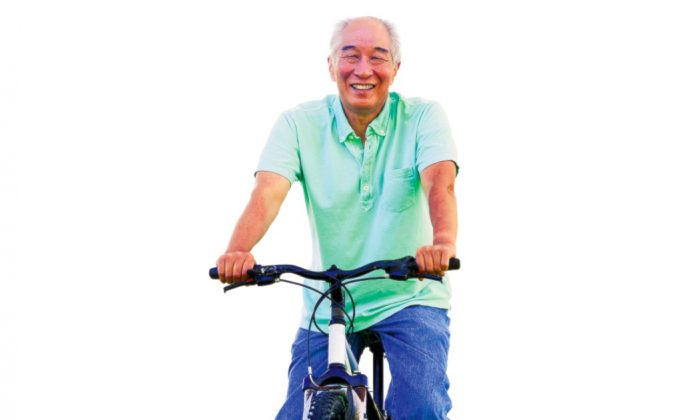 Cycling offers multiple benefits for seniors. (image provided by Extraordinary Microscience)