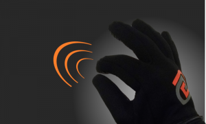 GoGlove: The Ultimate Gadget That Let's You Control Your Phone While It's Still in Your Pocket