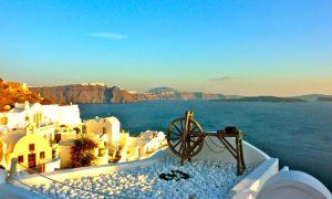 Unique Luxury Getaways in Santorini