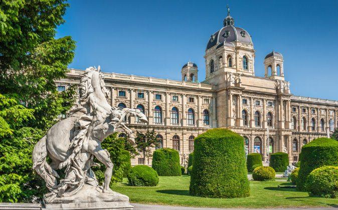 Naturhistorisches Museum via Shutterstock