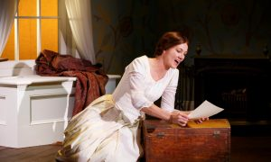Theater Review: 'The Belle of Amherst'