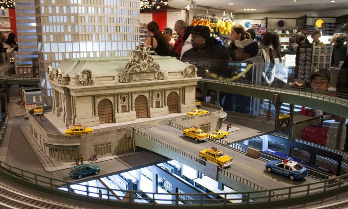 The train show exhibit at the New York City Transit Museum at Grand Central Terminal in New York City on Sunday, Nov. 16, 2014. It opens from Nov. 16, 2014, to Feb. 22, 2015, for its 13th holiday season. (Annie Wu/Epoch Times)