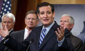 Cruz in the Spotlight as Republicans Take the Debate Stage