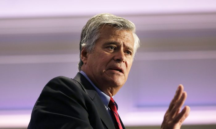 Senate Republican leader Dean Skelos in Rye Brook, N.Y., on May 15, 2014. Skelos announced he would support legislative pay raises for lawmakers and state commissioners if the question came up in a lame-duck session this year. (AP Photo/Seth Wenig)