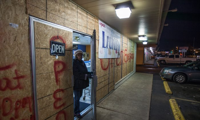 Stores boarded up in anticipation of protests in Ferguson, Mo., on Nov. 18, 2014. (Petr Svab/Epoch Times)