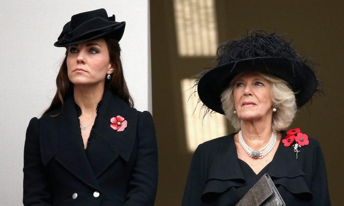 Kate Middleton, Duchess of Cambridge and Camilla, Duchess of Cornwall attend the annual Remembrance Sunday Service at the Cenotaph on Whitehall on November 9, 2014 in London, United Kingdom. (Photo by Chris Jackson/Getty Images)