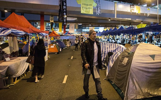American actor James Franco walks through the occupy site at Admiralty on November 21, 2014 in Hong Kong, Hong Kong. (Lam Yik Fei/Getty Images)