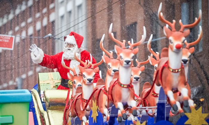 Toronto held its 110th annual Santa Clause Parade on Sunday, Nov. 16, 2014. The grey day offered flurries, wind, and 30 floats for thousands of onlookers along the six kilometre route. (DQC Photo/dqcphotography.com)
