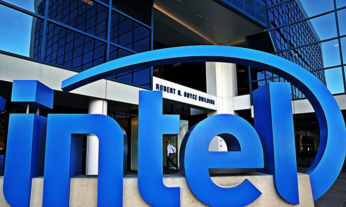 The Intel logo is displayed outside of the Intel headquarters on Jan.16, 2014 in Santa Clara, Calif. ( Justin Sullivan/Getty Images)