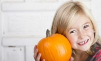 10 Easy Tips to Keep Kids Healthy During the Holidays