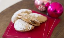 Keeping the Joy in Whole-Grain Holiday Baking