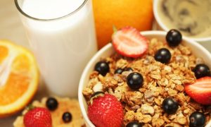 How to Pick a Healthy Breakfast Cereal