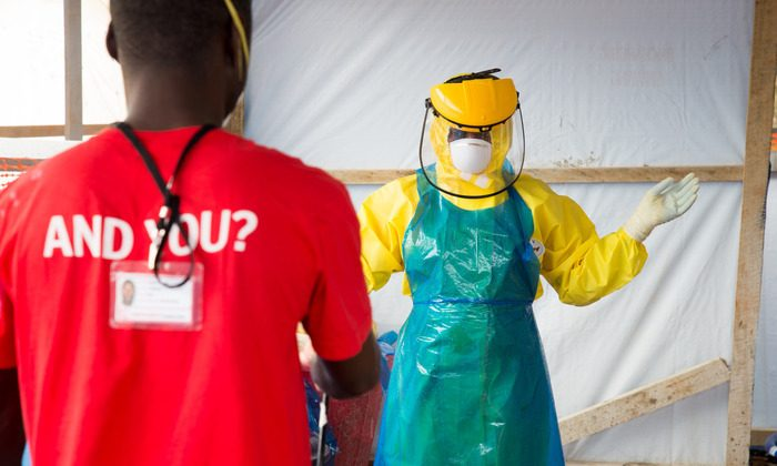 Activities of Emergency for the care of people with Ebola in Lakka, Sierra Leone. (emergency.it)
