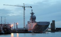 France Suspends Delivery of Warship to Russia
