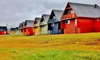 Longyearbyen: Last Stop Before North Pole