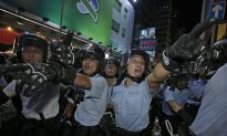 Hong Kong Police Clear Defiant Democracy Protesters