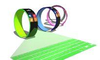 Ultra-Futuristic Smartwatch Design: Holographic Keyboard, Graphene Body