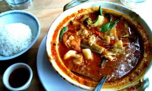 5 Food Dishes Not to Miss in Thailand