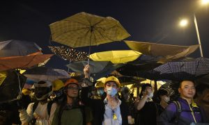 Battle Over Road Ends in Arrests, Clearance in Hong Kong