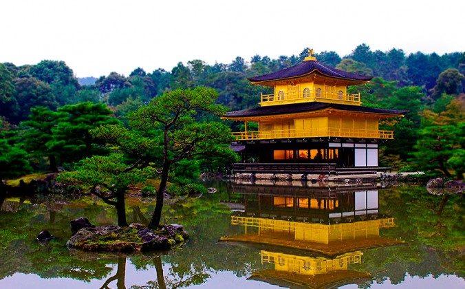 Kinkaku-ji (BesuDesu Abroad)