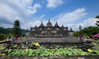 4 Amazing Traditional Balinese-Style Luxury Resorts in Bali