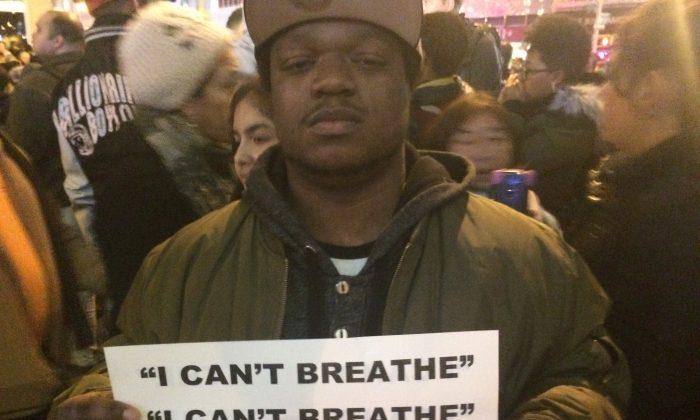 Protesters gather near Rockefeller Center December 3. (June Fakkert/Epoch Times)