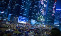 Repel or Retreat, Hong Kong Occupy Protests to End Next Week