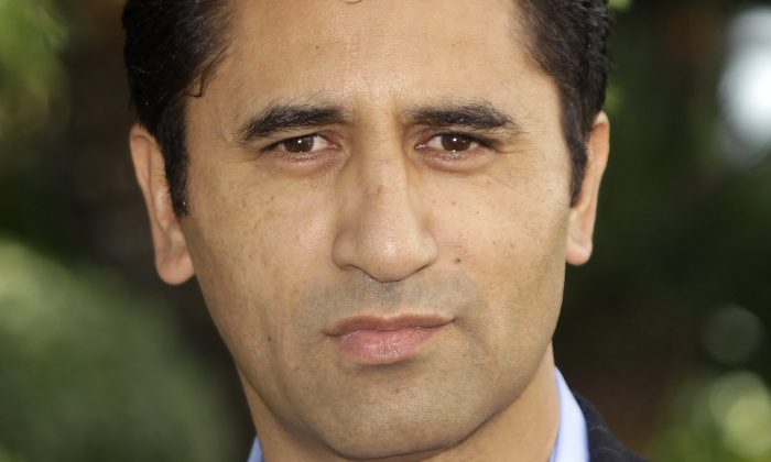 "New Zealand actor Cliff Curtis poses as he presents the TV series ""Missing"" during the 27th MIPCOM (International Film and Programme Market for Tv, Video,Cable and Satellite) in Cannes, southeastern France, Tuesday, Oct. 4, 2011. (AP Photo/Lionel Cironneau)"