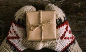 8 Great Holistic Gift Ideas
