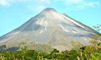 Hike in Arenal Volcano National Park, Costa Rica