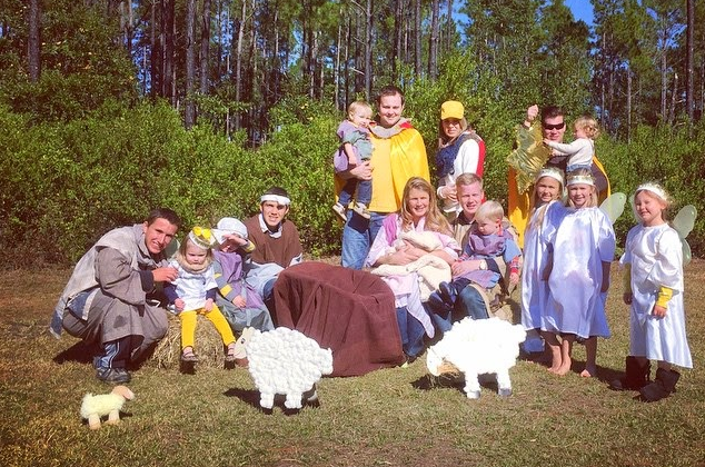 Josh and Anna Duggar with Anna's family, including Susanna Keller. (Duggar Family Blog)