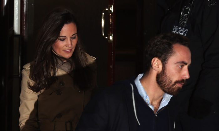 Pippa Middleton and James Middleton leave the King Edward VII Private Hospital on December 5, 2012 in London, England. (Photo by Dan Kitwood/Getty Images)