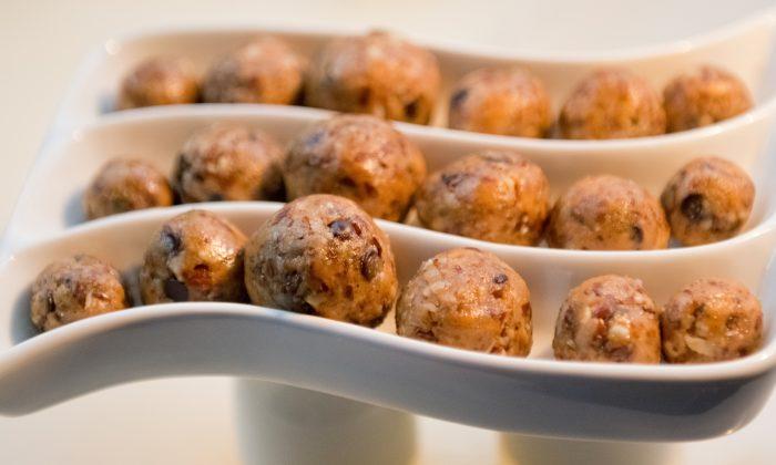 Chocolate nut balls. Cat Rooney/Epoch Times