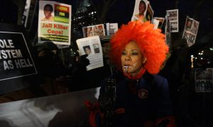 New York City Pro-Cop Rally Becomes Shouting Match With Eric Garner Protesters