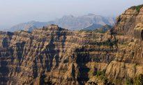 Is Secret to Roman Concrete in Volcanic Rock?