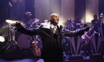 Theater Review: 'Cafe Society Swing'