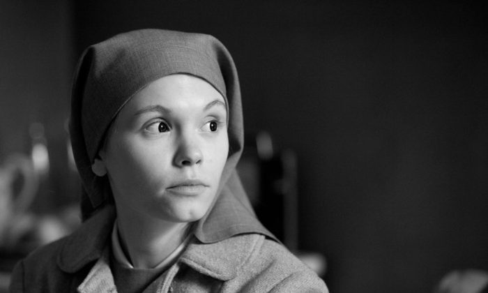 """This image released by Music Box Films shows Agata Trzebuchowska in a scene from """"Ida."""" (AP Photo/Music Box Films)"""