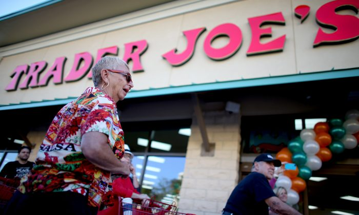 Shoppers lineup as they wait for the grand opening of a Trader Joe's in Pinecrest, Fla., on Oct. 18, 2013. (Joe Raedle/Getty Images)