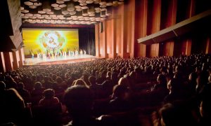 Shen Yun Begins Its Largest World Tour From Houston