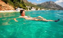 5 Great Places for a Swimming Holiday