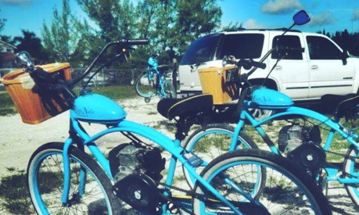The iconic Bahamian turquoise of CocoNutz Cruisers bicycles