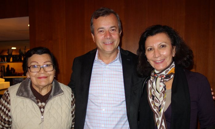 Alex Almeida and his companions enjoyed Shen Yun at Jones Hall for the Performing Arts, Jan., 5, 2015. (Sarah Guo/Epoch Times)