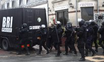 French Police Detain 9 in Massive Hunt for 2 Suspects of Charlie Hebdo Attack