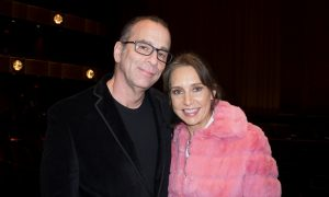 Documentary TV Producer Says Shen Yun Is 'Magical' and 'Poetic'