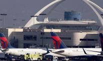 Delta Flight Returns to Los Angeles After Emergency