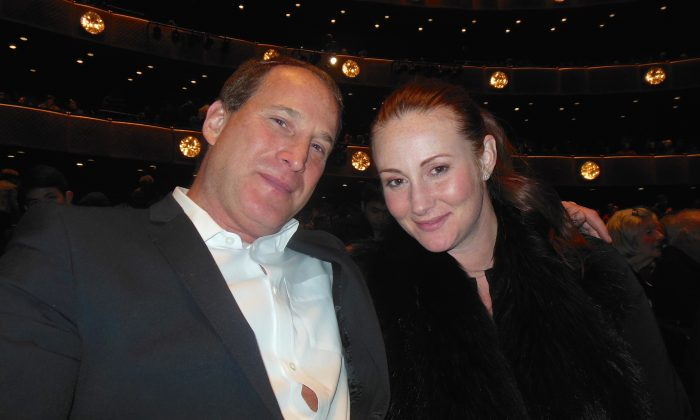 Real Estate CEO Says Shen Yun: 'Exciting,' 'Innocent,' and ' Very Special'