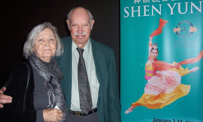 Shen Yun Impresses Painter